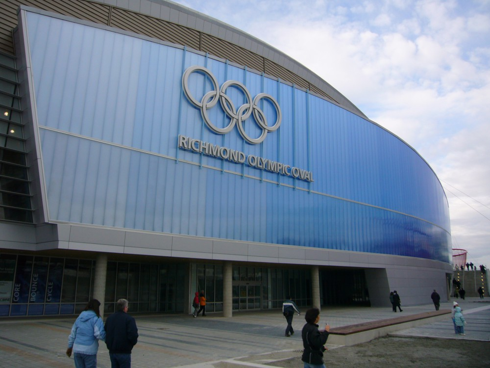 Richmond_Olympic_Oval_front_view_21-1000x750